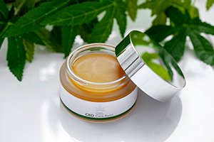 Der CBD Care Balm